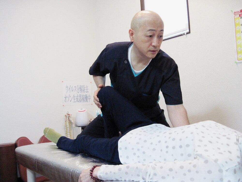腰背部施術